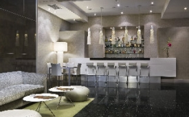Oferta Viaje Hotel Escapada NH Villa de Bilbao + Museo Guggenheim + Camino en navío por Urdaibai - Bermeo