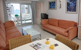 Oferta Viaje Hotel Escapada Torre Belroy Pisos + Entradas Terra Mítica 1 día