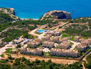 Oferta Viaje Hotel Escapada Suites Alba Complejo turístico + Entradas Aquashow Park