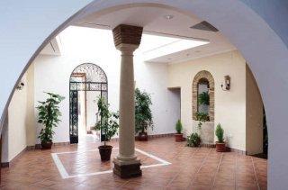 Oferta Viaje Hotel Escapada Plateros + Visita Patios habituales Cordobeses
