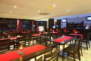Oferta Viaje Hotel Escapada Hotel Topazio + Entradas Zoomarine Parque temático 1 día