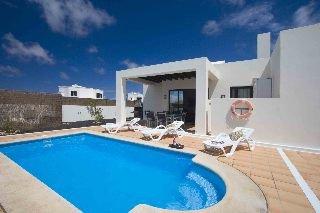 Oferta Viaje Hotel Escapada Villas las Buganvillas + Kitesurf en Playa Blanca  tres hora / día