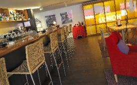 Oferta Viaje Hotel Escapada Vincci Soma + Entradas Parque de Atracciones