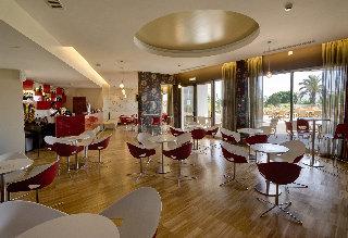 Oferta Viaje Hotel Escapada Alfagar II Aparthotel + Entradas Zoomarine Parque temático dos días
