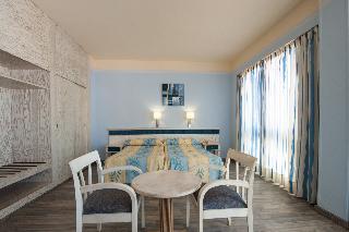 Oferta Viaje Hotel Escapada Colon Playa + Surf en Las Palmas  dos hora / día