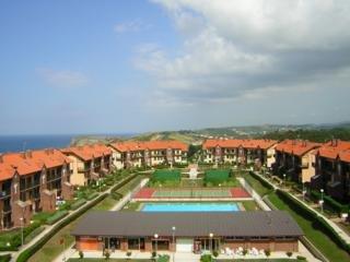 Oferta Viaje Hotel Escapada Abba Pisos Comillas Rovacias + Entradas 1 día Parque de Cabárceno