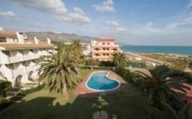 Oferta Viaje Hotel Escapada Pisos Playa Romana tres mil