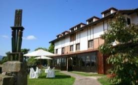 Oferta Viaje Hotel Escapada Colegiata + Entradas 1 día Parque de Cabárceno