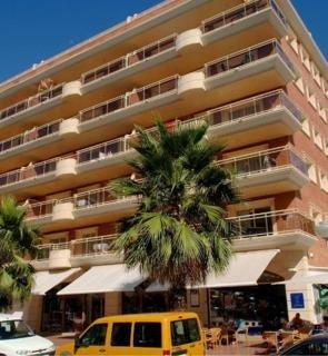 Oferta Viaje Hotel Escapada Zapas + Entradas Circo del Sol Amaluna - Nivel 1