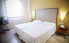 Oferta Viaje Hotel Escapada Apartour Aljarafe + Entradas Isla Mágica 1 día