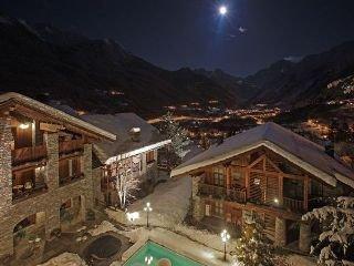 Oferta Viaje Hotel Escapada Village Montana Hotel