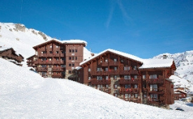 Oferta Viaje Hotel Escapada Village Montana Residence + Forfait  tres Vales