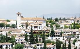 Oferta Viaje Hotel Escapada Alcover + Visita Alhambra y Granada con audioguía 48h