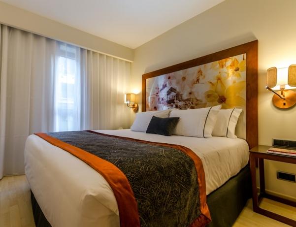 Oferta Viaje Hotel Escapada Eurostars Andorra Centre + Entradas Circo del Sol Scalada + Caldea