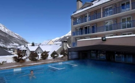 Oferta Viaje Hotel Escapada Hotel Balneo Aladin + Forfait  Forfait Cauterets