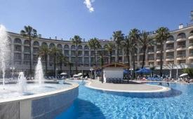Oferta Viaje Hotel Escapada Best Cambrils + Entradas PortAventura tres días dos parques