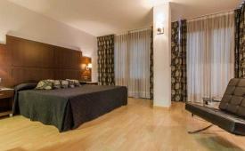 Oferta Viaje Hotel Conquista De Granada + Forfait  Sierra Nevada