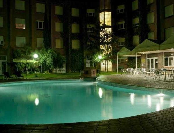 Oferta Viaje Hotel Escapada Corona Tortosa + Entradas Circo del Sol Amaluna - Nivel dos