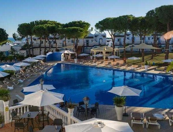 Oferta Viaje Hotel Escapada La Reserva de Marbella + Entradas Bioparc de Fuengirola