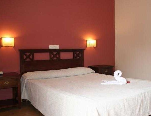 Oferta Viaje Hotel Escapada Adriano + Entradas Paquete Selwo (SelwoAventura, Teleférico, Selwo Marina Delfinarium)