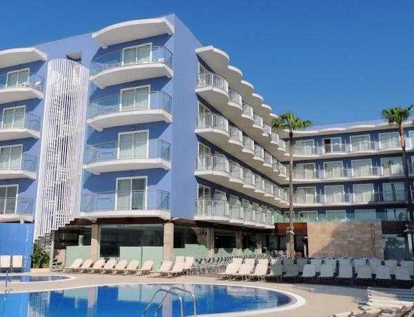 Oferta Viaje Hotel Escapada Augustus + Entradas Circo del Sol Amaluna - Nivel 1
