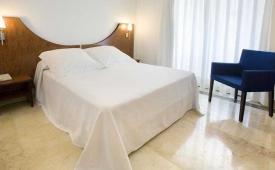 Oferta Viaje Hotel Agir + Entradas Terra Mítica 1 día