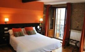 Oferta Viaje Hotel Escapada Mv Algalia + Visita con Audioguía por S. de Compostela