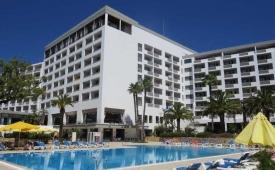 Oferta Viaje Hotel Escapada Alfamar Beach & Sport Complejo turístico + Entradas Zoomarine Parque temático dos días
