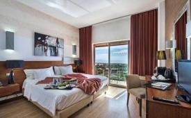 Oferta Viaje Hotel Escapada Aqua Pedra 2 Bicos + Entradas Aquashow Park