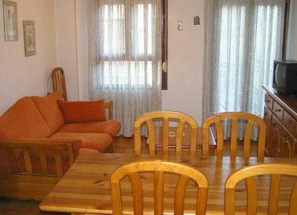 Oferta Viaje Hotel Escapada Pisos tres mil Canfranc