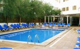 Oferta Viaje Hotel Apartamentos Arcos Playa + Entradas a Natura Parc