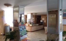 Oferta Viaje Hotel Apartamentos Caribe + Entradas Loro Parque 1 día