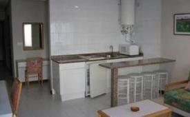 Oferta Viaje Hotel Apartamentos Turisticos Elena + Entradas 1 día Parque de Cabárceno
