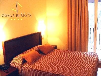 Oferta Viaje Hotel Escapada L'Obaga Blanca + Entradas General tres Horas - Caldea