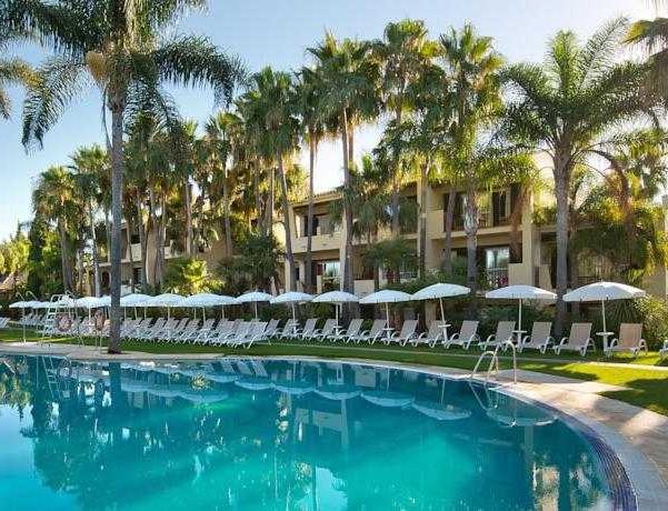 Oferta Viaje Hotel Bluebay Banus + Entradas Pack Selwo (SelwoAventura, Teleférico, Selwo Marina Delfinarium)