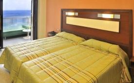 Oferta Viaje Hotel Escapada Benikaktus + Entradas Terra Mítica 1 día