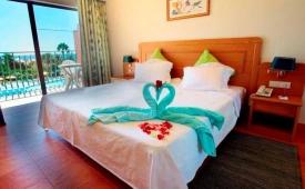 Oferta Viaje Hotel Baia Grande + Entradas Zoomarine Parque temático 2 días