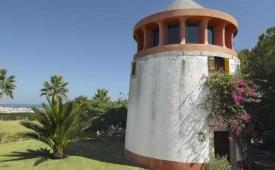 Oferta Viaje Hotel Bem Parece + Entradas Aquashow Park