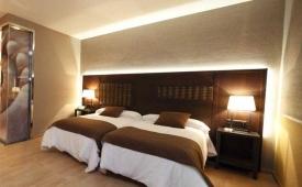 Oferta Viaje Hotel Escapada Congreso + Visita con Audioguía por S. de Compostela