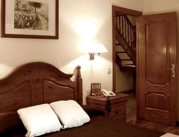 Oferta Viaje Hotel Escapada Casa Vella + Entradas Circo del Sol Scalada + Caldea
