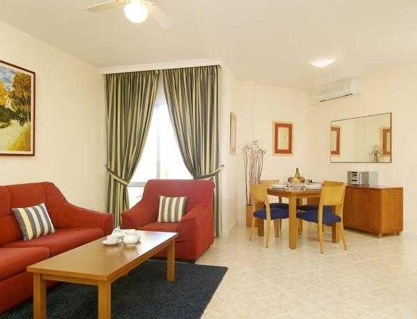 Oferta Viaje Hotel Escapada CLC Benal Beach + Entradas General Selwo Marina Delfinarium Benalmádena