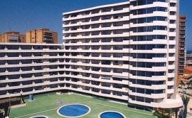 Oferta Viaje Hotel Escapada Turquesa Beach + Entradas Terra Mítica dos días
