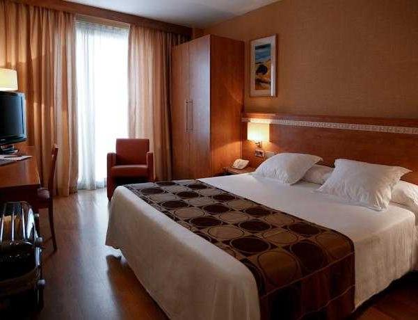 Oferta Viaje Hotel Escapada Hotel Class Valls + Entradas Circo del Sol Amaluna - Nivel dos