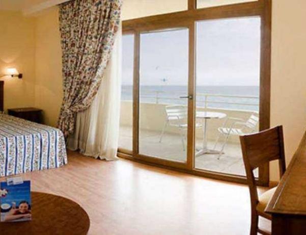 Oferta Viaje Hotel Escapada Gran Hotel Cervantes By Blue Sea + Entradas Paquete Selwo (SelwoAventura, Teleférico, Selwo Marina Delfinarium)