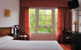 Oferta Viaje Hotel Escapada Hotel Castro + Visita con Audioguía por S. de Compostela