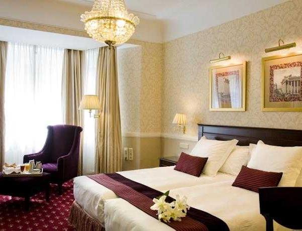Oferta Viaje Hotel Escapada Emperador Hotel + Autobus desde la villa de Madrid