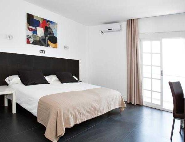 Oferta Viaje Hotel Escapada Hotel Natursun + Entradas Bioparc de Fuengirola