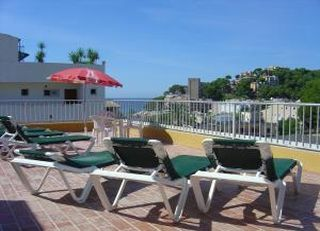 Oferta Viaje Hotel Escapada Hostal Vivienda Diamante + Visita a Bodega Celler Ramanya
