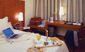 Oferta Viaje Hotel Escapada Acevi Villarroel + Aquarium de Barna
