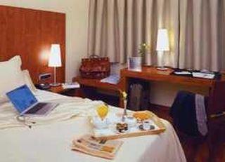 Oferta Viaje Hotel Acevi Villarroel + Tour Lo mejor de Gaudí